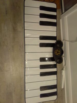 Floor Keyboard for Sale in Oxon Hill, MD