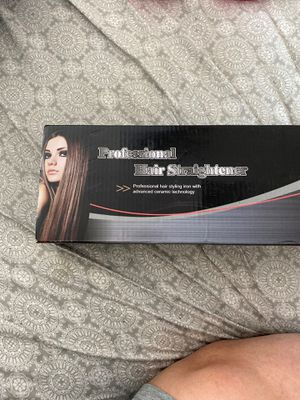 Brand new professional hair straightener for Sale in North Las Vegas, NV
