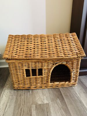 Small pet house for Sale in Fieldsboro, NJ