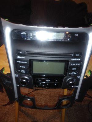 2011, 12 & 13 hyundai sonata complete factory radio for Sale in Little Rock, AR