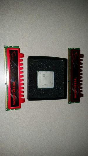 Amd Quad core cpu and 4gb ram for Sale in Crofton, MD