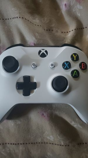 Xbox one controller for Sale in Keizer, OR