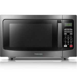 Toshiba 1100 watts microwave for Sale in West Sacramento, CA