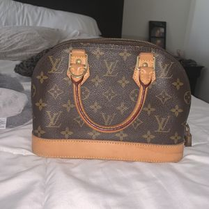 Louis Vouitton Alma Bb for Sale in Huntington Beach, CA
