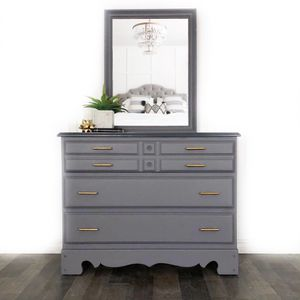 Three Drawer Dresser With Mirror for Sale in Troy, MI