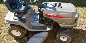 Riding mower crasfstman LT 2000 for Sale in Christiana, TN