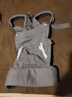 INFANTINO BABY CARRIER for Sale in Miami, FL