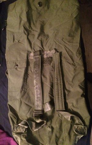 Military duffle bag for Sale in Euless, TX