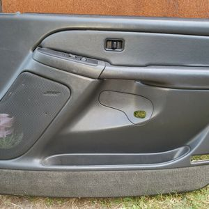 Chevy, Gmc Passenger Door Panel for Sale in Elma, WA