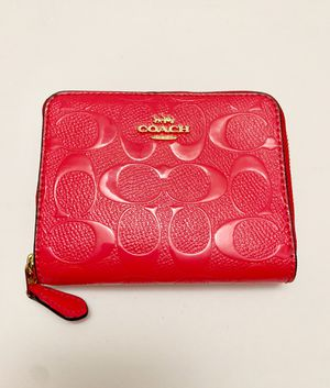 Coach Small Signature Zip Around Wallet Neon Pink Patent Leather F38709 New $175 for Sale in Kenosha, WI