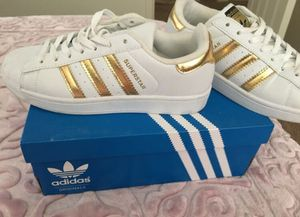 Women adidas shoes for Sale in Dearborn, MI
