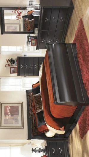 Huey Vineyard Black Panel Bedroom Set | B128 for Sale in West Laurel, MD