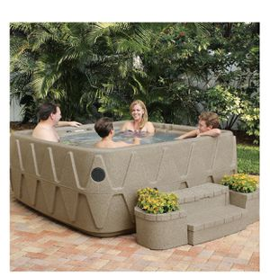 AquaRest Spa/Hot tub 5 person 29 stainless steel jets for Sale in Redlands, CA