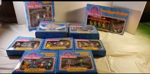 Vintage DISNEY WORLD Town Play set / figurines- New Old Stock for Sale in Lorain, OH