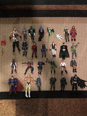VTG Assorted lot of 26 Various Themed Action Figures in Good to As Is Condition Superman Batman Wrestling Jack Sparrow Shipping Only for Sale in Grosse Pointe Shores, MI