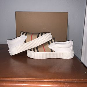 Burberry Slip On Sneakers Toddler for Sale in Oakland, CA