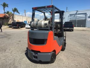 2011 Toyota forklift 5000lbs for Sale in Las Vegas, NV