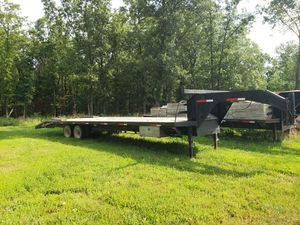 30+5 Heavy 20k Gooseneck Trailer for Sale in Iberia, MO