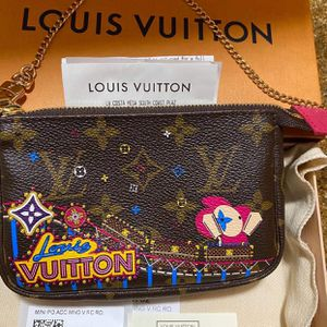 Louis Vuitton Mini Pochette Accessories Christmas Collection for Sale in Garden Grove, CA