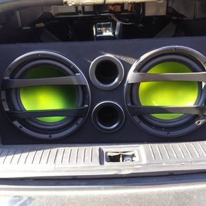 Subwoofer and Amplifier Combo for Sale in Madison Heights, VA
