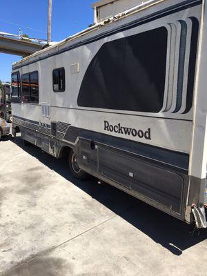 93 Regent rockwood 27.6ft rv 2500.00 or best offer for Sale in Oakland, CA