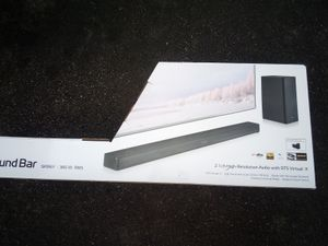 LG SKM6Y 360 W RMS sound bar and subwoofer for Sale in Woonsocket, RI