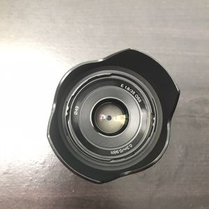 Sony 35mm f1.8 for E mount for Sale in Riverhead, NY