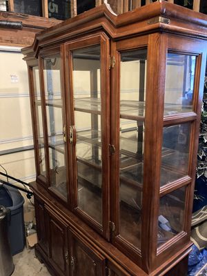 Vintage China Cabinet for Sale in Crestwood, IL