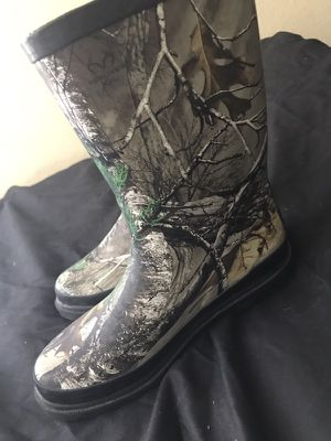Kids size 4 Rain Boots for Sale in Houston, TX