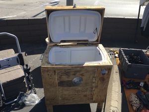 Handmade cooler /ice chest for Sale in Compton, CA