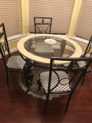Breakfast table for Sale in Owings Mills, MD