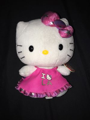 Hello kitty (I <3 LA) shirt plushie for Sale in Hanover, PA