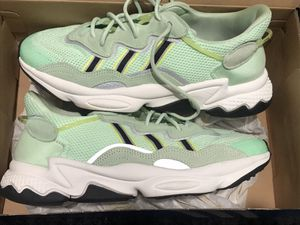 ADIDAS OZWEEGO GLOW GREEN for Sale in Adelphi, MD