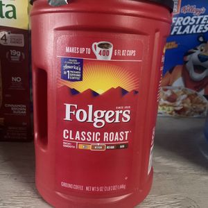 Folgers Classic Roast 400 Cup Value for Sale in San Leandro, CA
