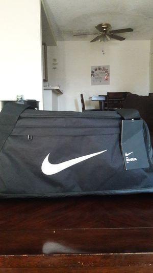 Duffle bag for Sale in Oceanside, CA
