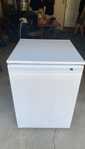 whirlpool freezer for Sale in Tigard, OR