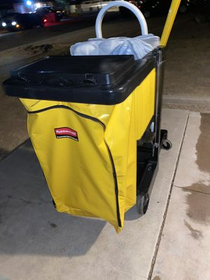 RUBERMAID COMERCIAL MAINANCE CAR for Sale in Surprise, AZ