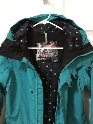 Burton Small Womens Winter Coat for Sale in Lake Stevens, WA