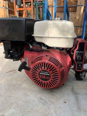 Honda motor 13hp electric starts for Sale in Highland, CA