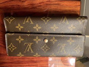 LV Monogram Woman Wallet $ 600 for Sale in Philadelphia, PA