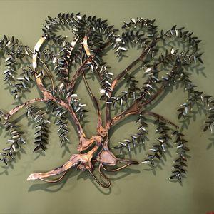 Metal Art (tree) for Sale in Cincinnati, OH