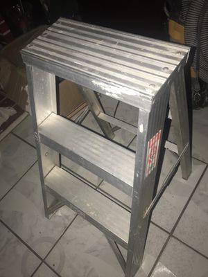 Ladder, 2 step for Sale in Anaheim, CA