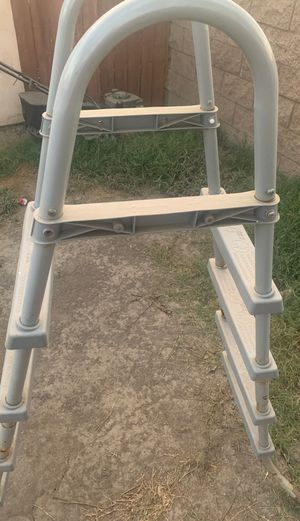 Free for Sale in Compton, CA