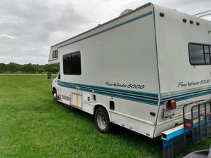 65000 miles everything works class c rv for Sale in Bowling Green, FL