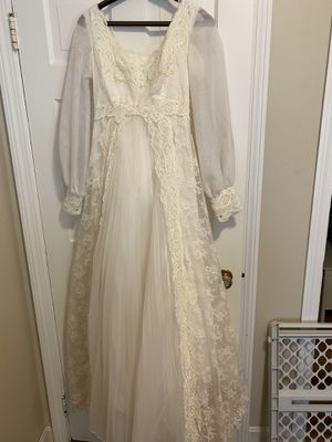 Wedding Dress for Sale in Woonsocket, RI