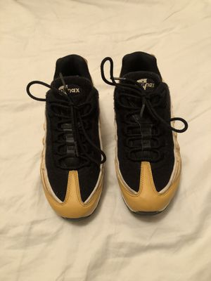 NIKE women's Air Max 95 LX GOLD for Sale in Laurel, MD