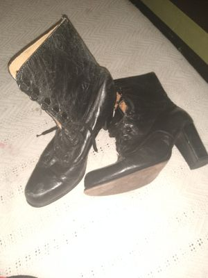 Black maiden style boot size 7 for Sale in Los Angeles, CA