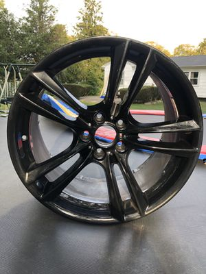 20 x 10 inch Bmw style 303 gloss black rim for Sale in Brentwood, NY