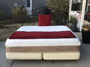 Metal King Size Bed with Headboard, Mattress, boxsprings and Rails. Excellent condition. Delivery available. Hablar espanol for Sale in Raleigh, NC