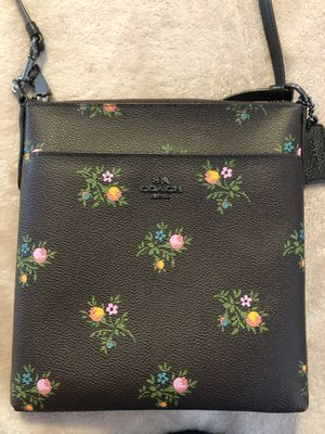 Brand New Coach Mini Messenger Bag for Sale in Scarsdale, NY